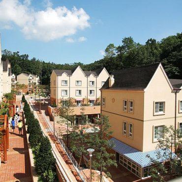 «English Village» в Сеуле